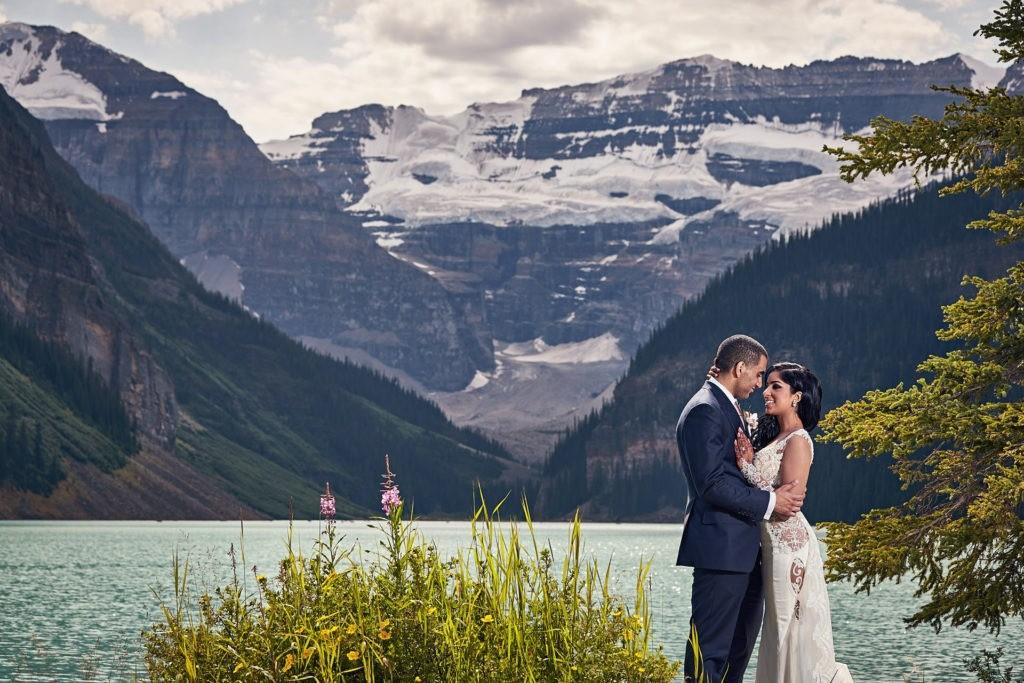 lake louise wedding fairmont chateau