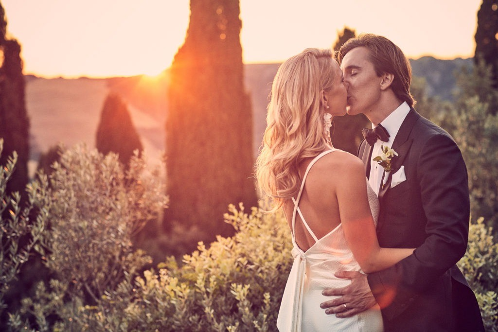 wedding photographer cost italy