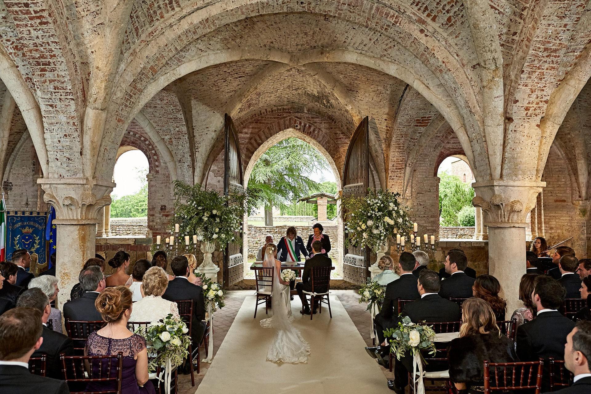 San Galgano Abbey Wedding Chiusdino Italian Wedding Photographer